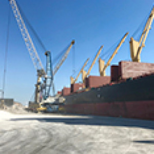 inorganic materials loading cargo ship